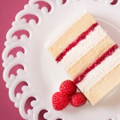 07-ButterVanillaRaspberry-Wedding-cake