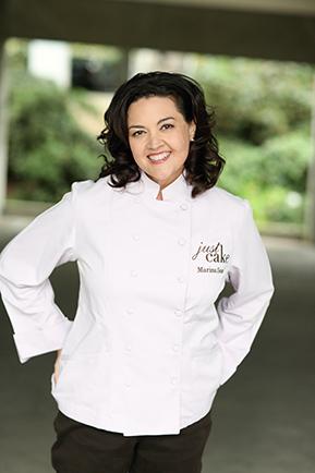 Marina Sousa, Cake Decorator